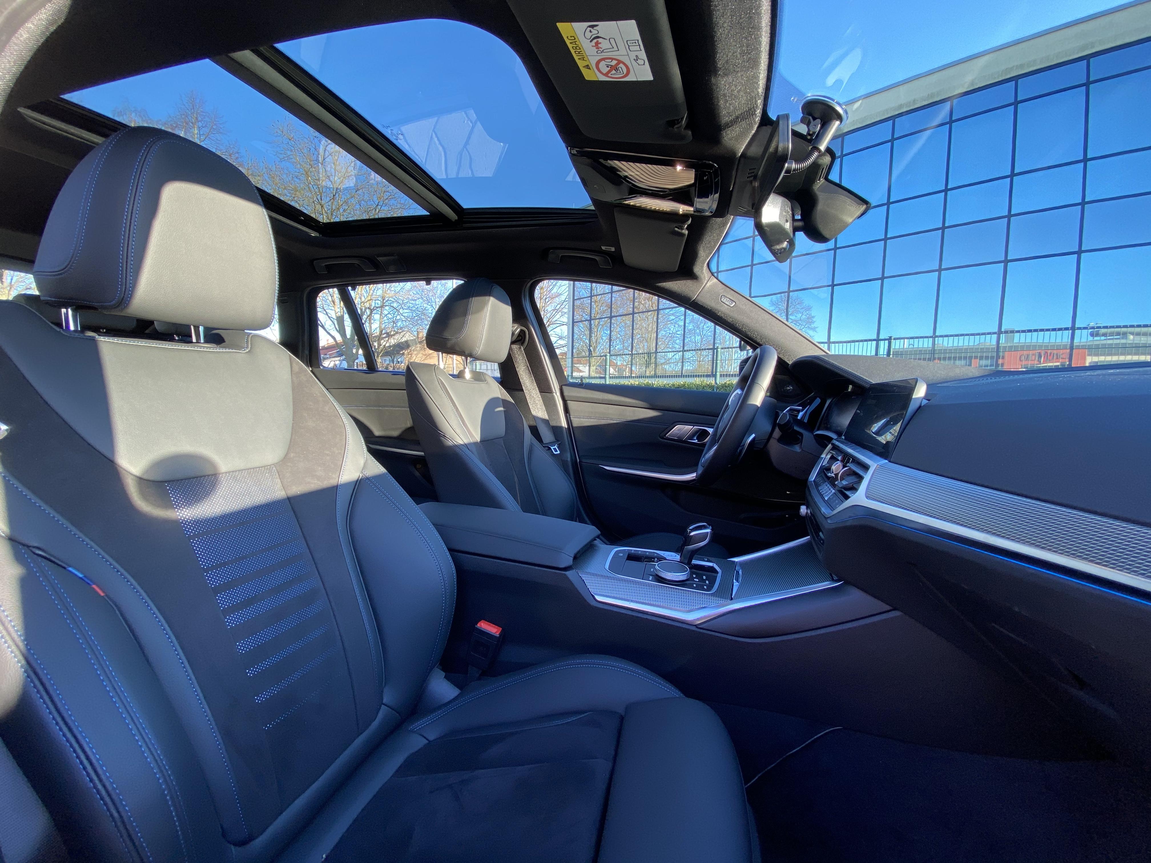 BMW 330e Hybrid